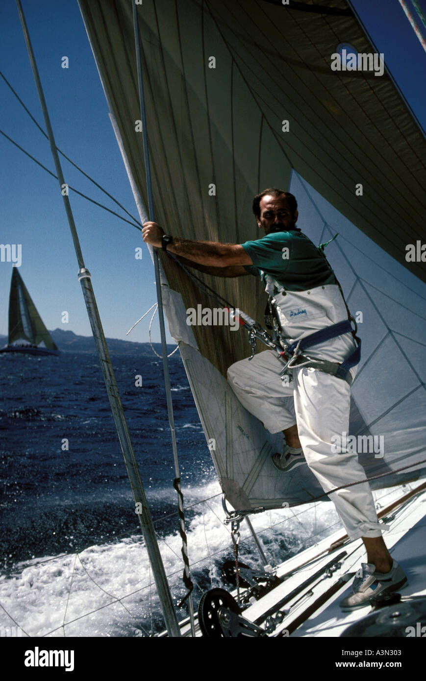 Bowman prepares to go up the mast - Stock Image