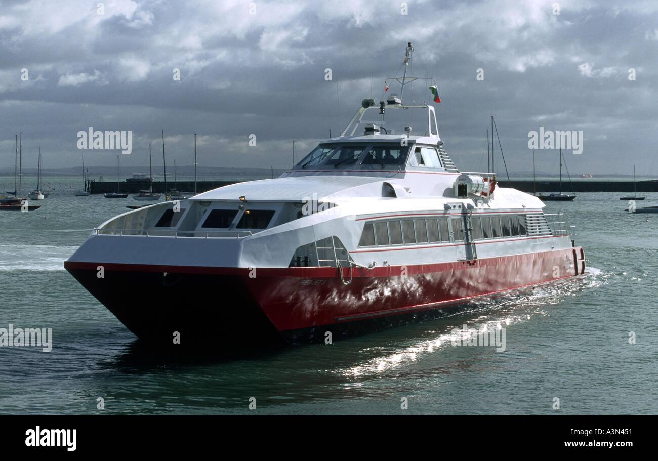 A Red Jet high speed link from Southampton to Cowes Isle of Wight Stock Photo