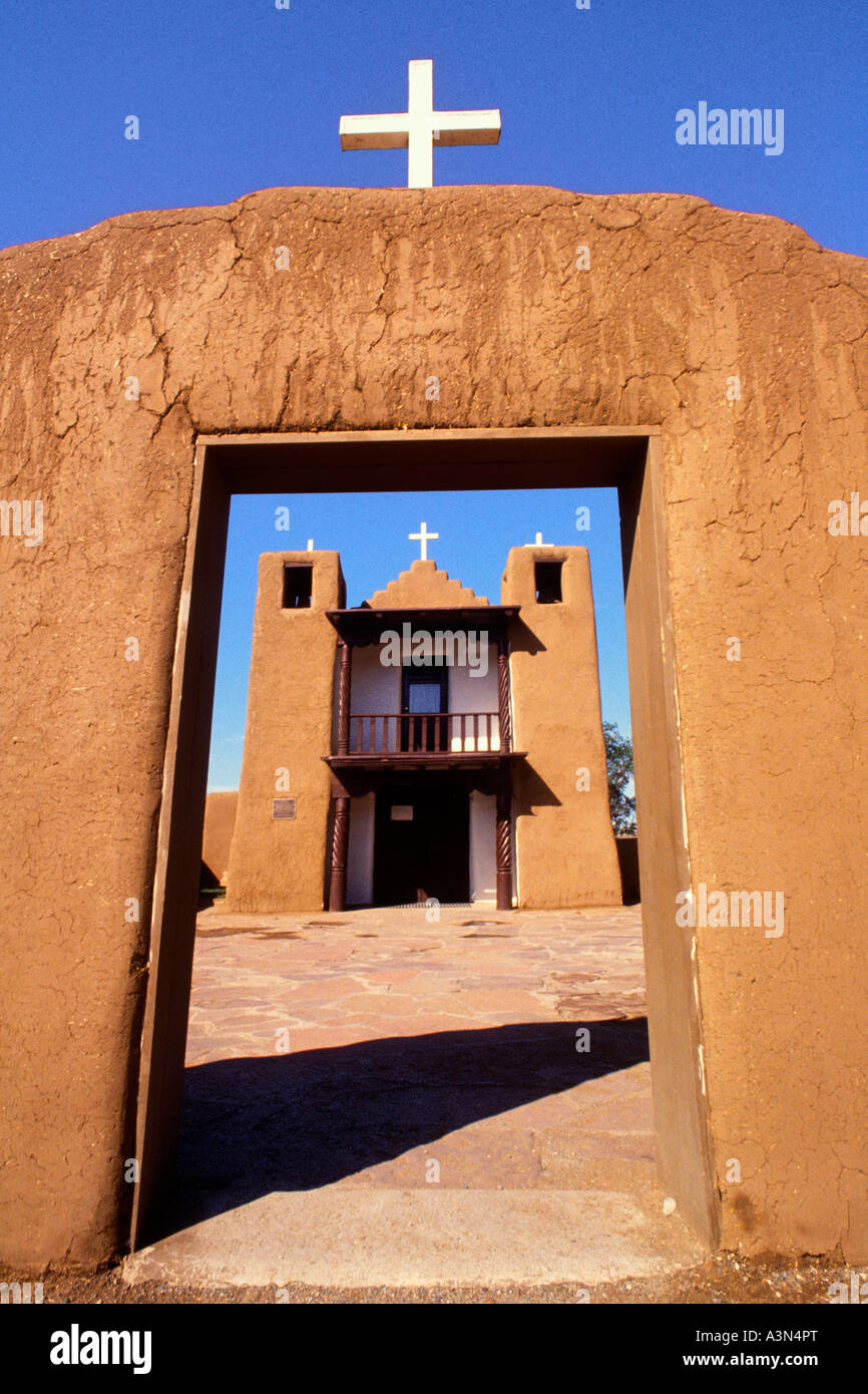 USA Taos New Mexico San Francisco Church American History Tribal Culture Missionary Structure - Stock Image