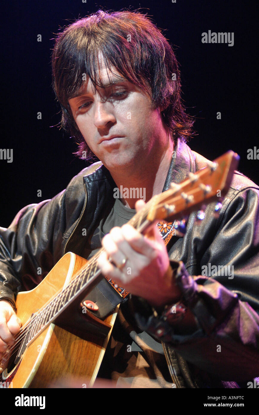 JOHNNY MARR UK musician and ex member of the Smiths in 2005 - Stock Image
