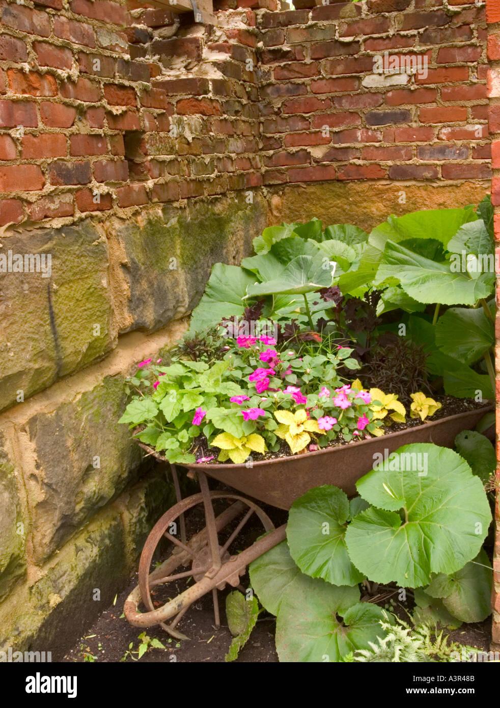 Inniswood Gardens Stock Photos & Inniswood Gardens Stock Images - Alamy