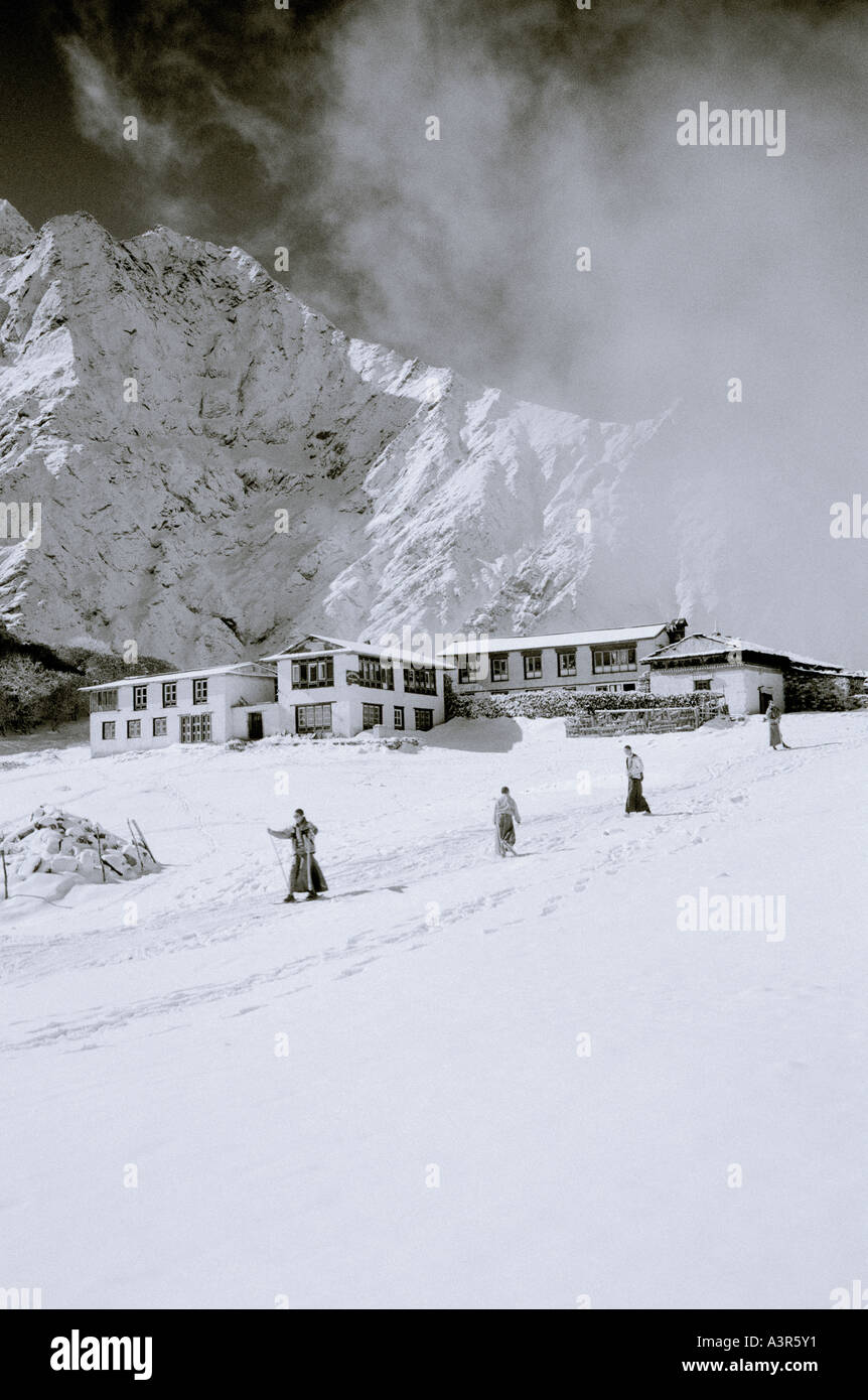 World Nature Travel. Young monks skiing at Tengboche ...