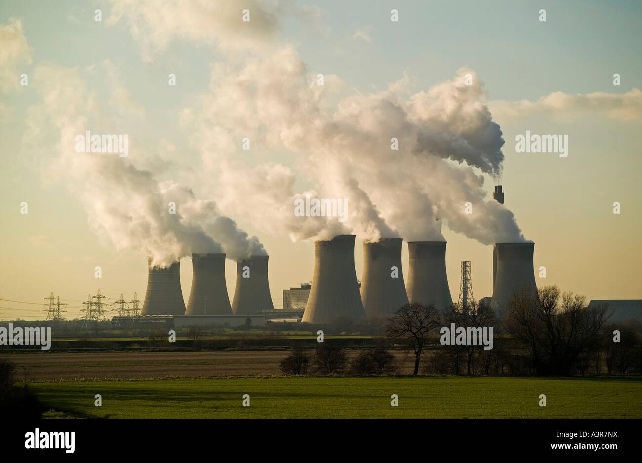 cottam power station - Stock Image