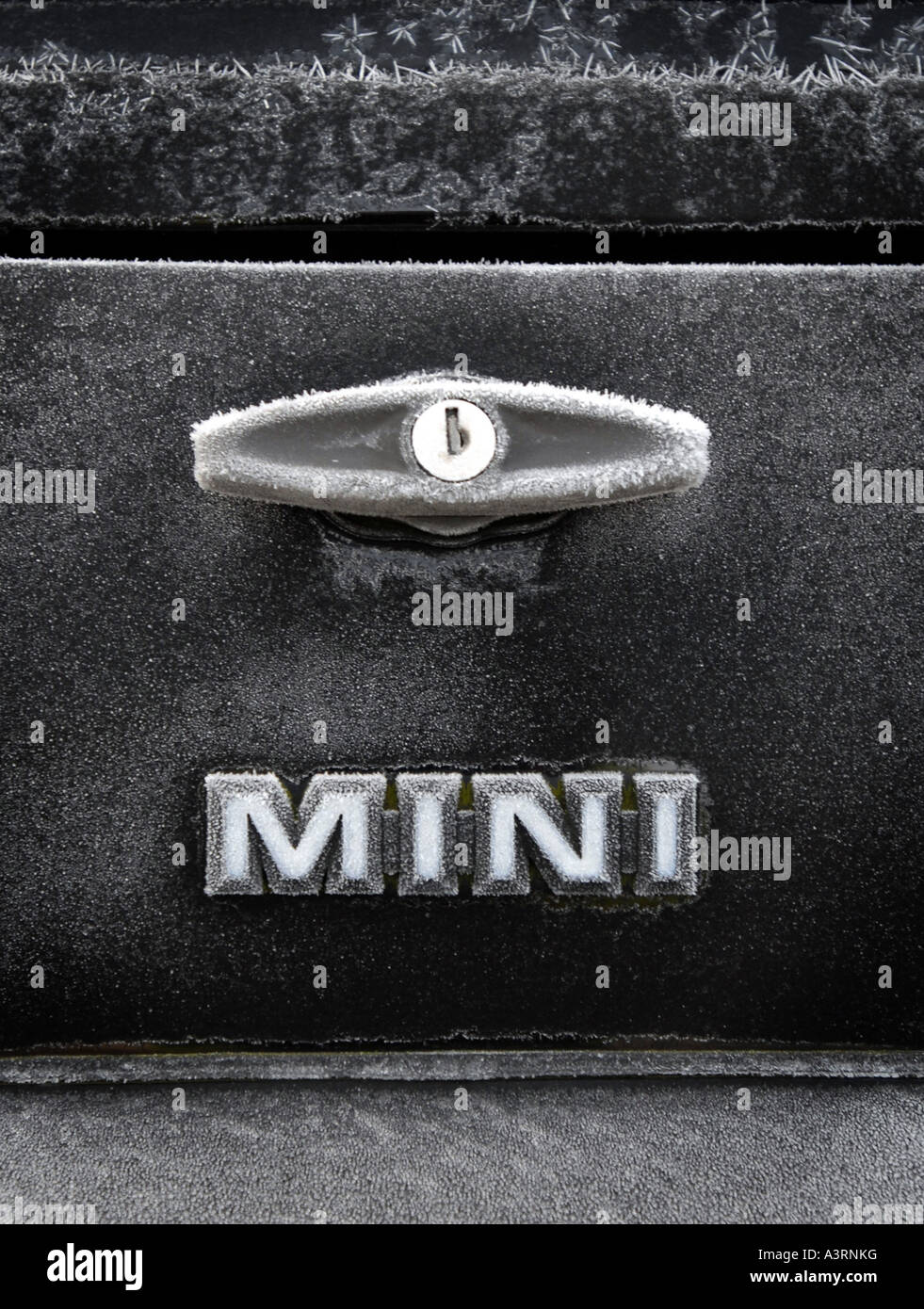 AUSTIN ROVER MINI CAR BOOT LID COVERED IN FROST.UK - Stock Image