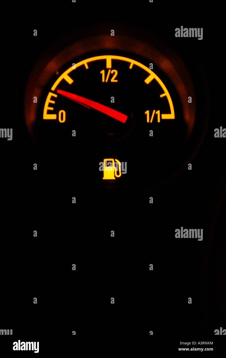 Fuel Level Stock Photos & Fuel Level Stock Images - Alamy