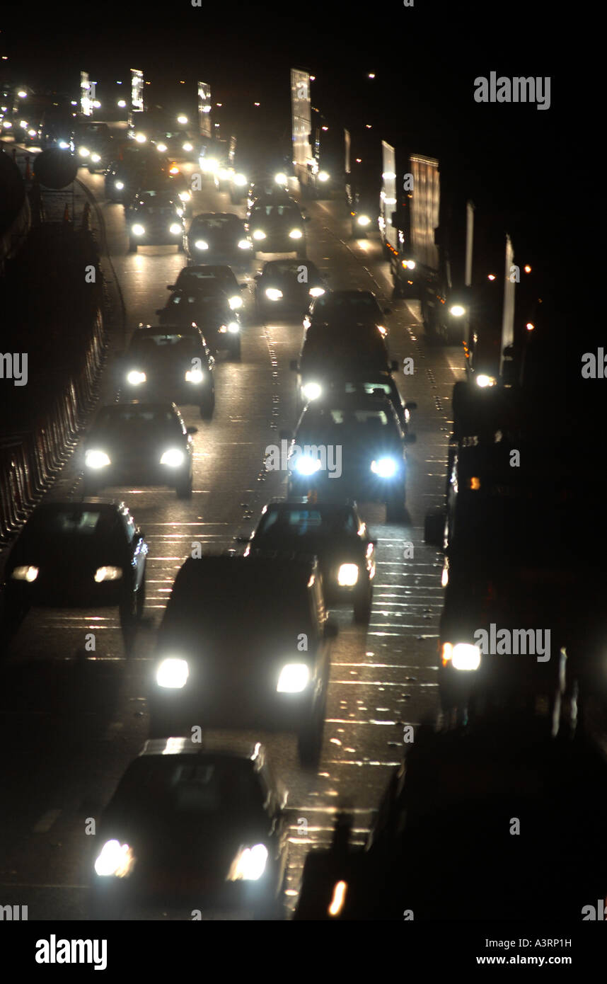 a-busy-m6-motorway-full-of-night-time-dr