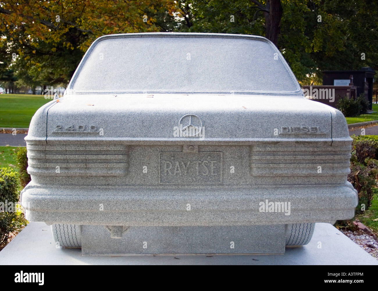 Mercedes Benz gravestone at Rosehill Cemetery in Linden New Jersey - Stock Image