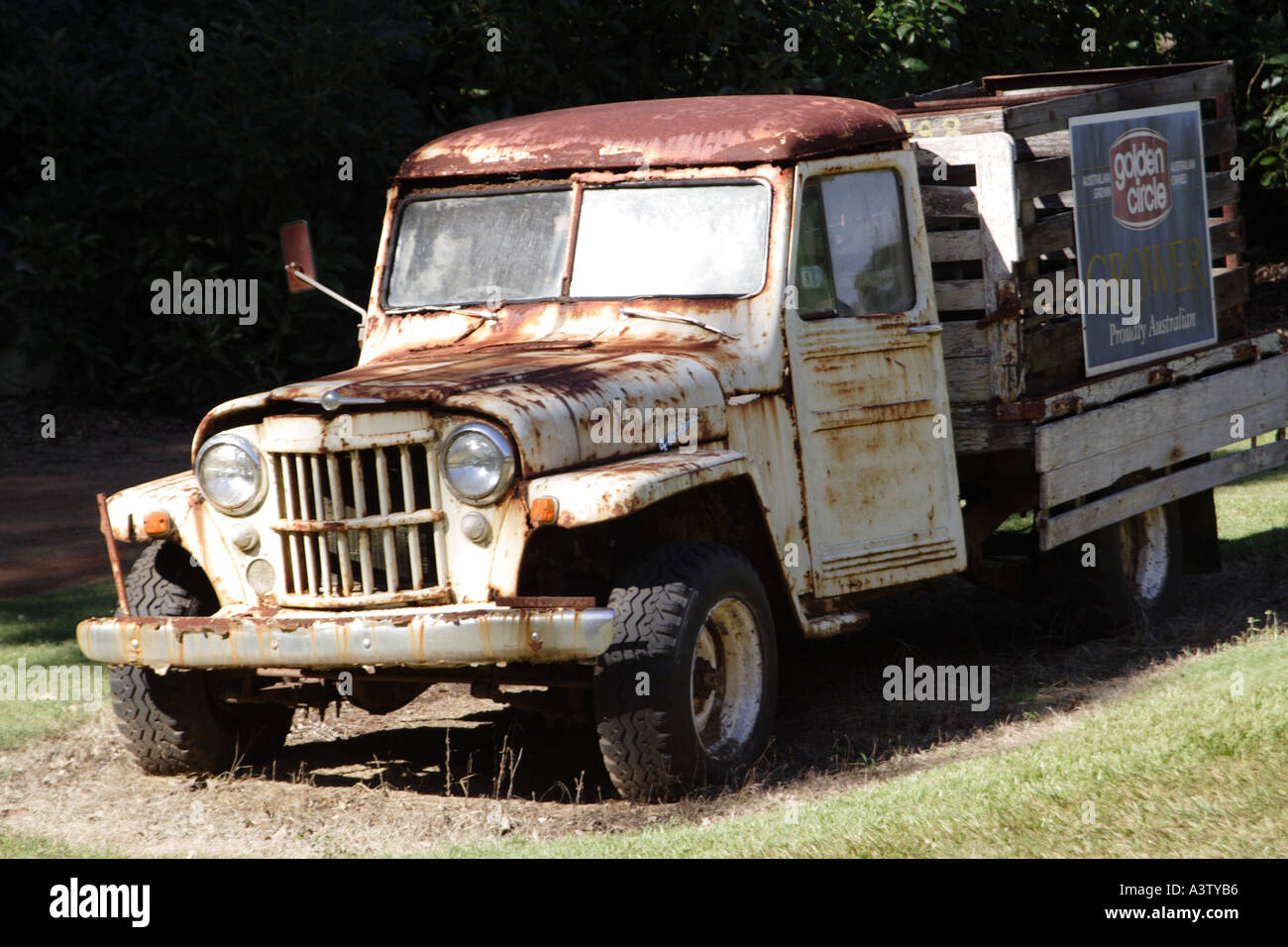 A RUSTY OLD TRUCK USED ON A PINEAPPLE FARM QUEENSLAND AUSTRALIA ...
