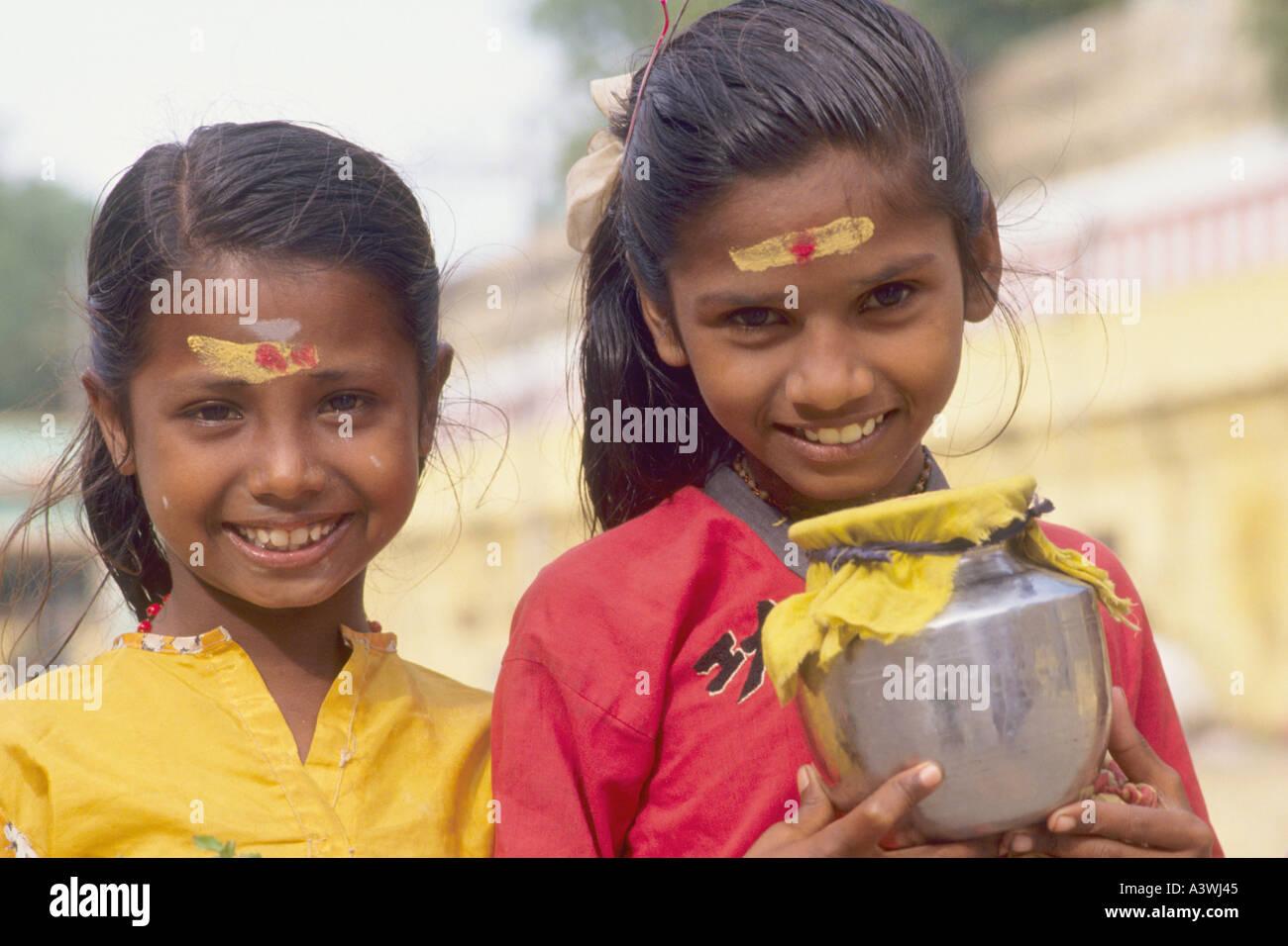 Hindu girls Nude Photos 78