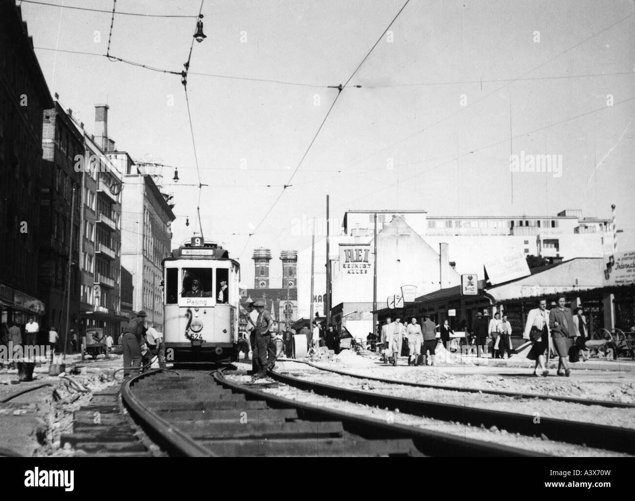 events, post-war period, destroyed cities, Munich, Bayer Street, circa 1947, streetcar, construction, reconstruction, - Stock Image