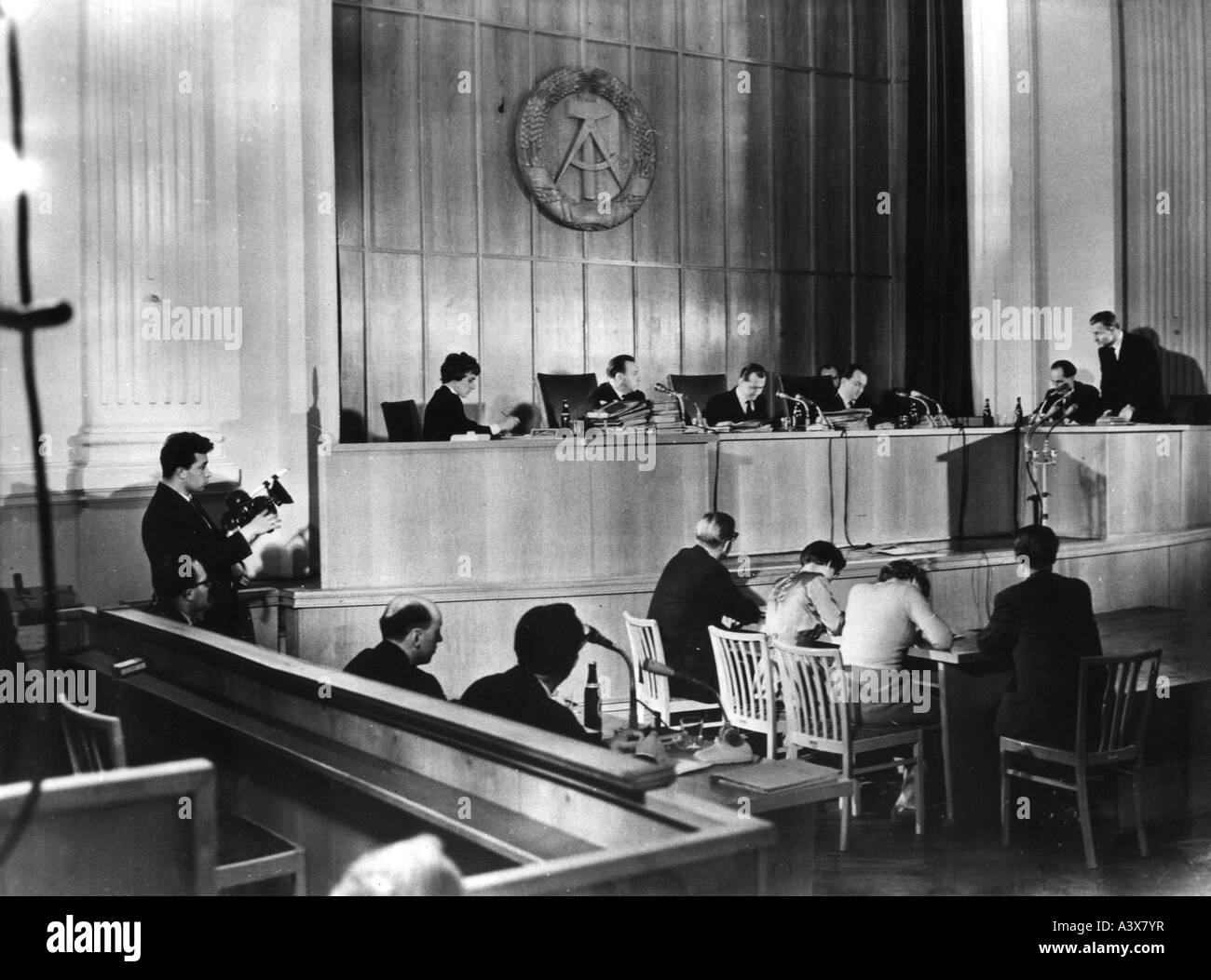geography/travel, Germany, German Democratic Republic, show trial against Federal minister Theodor Oberländer, - Stock Image