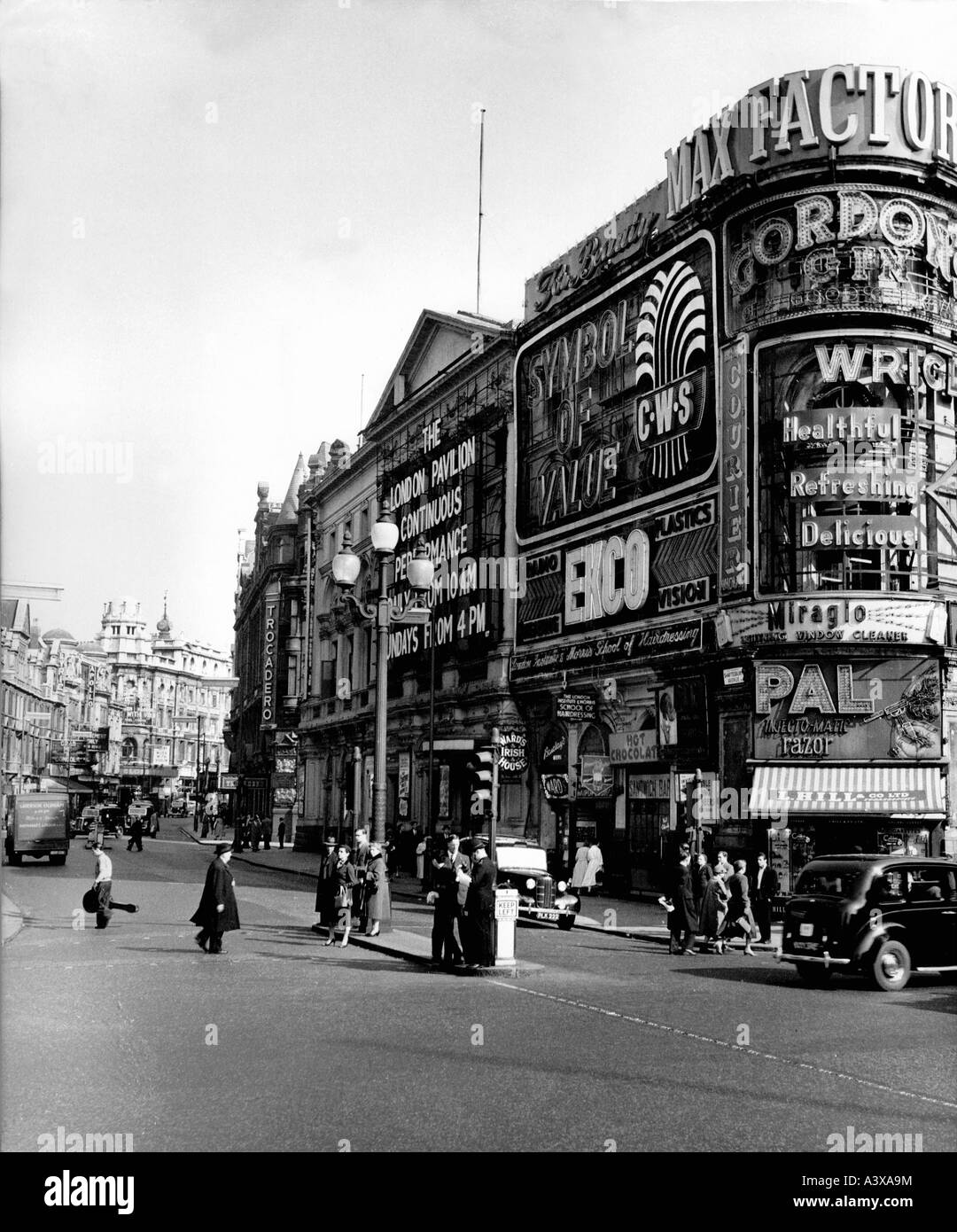 geography / travel, Great Britain, London, street scenes, Shaftesbury Avenue, pedestrians, 1950s, Additional-Rights Stock Photo