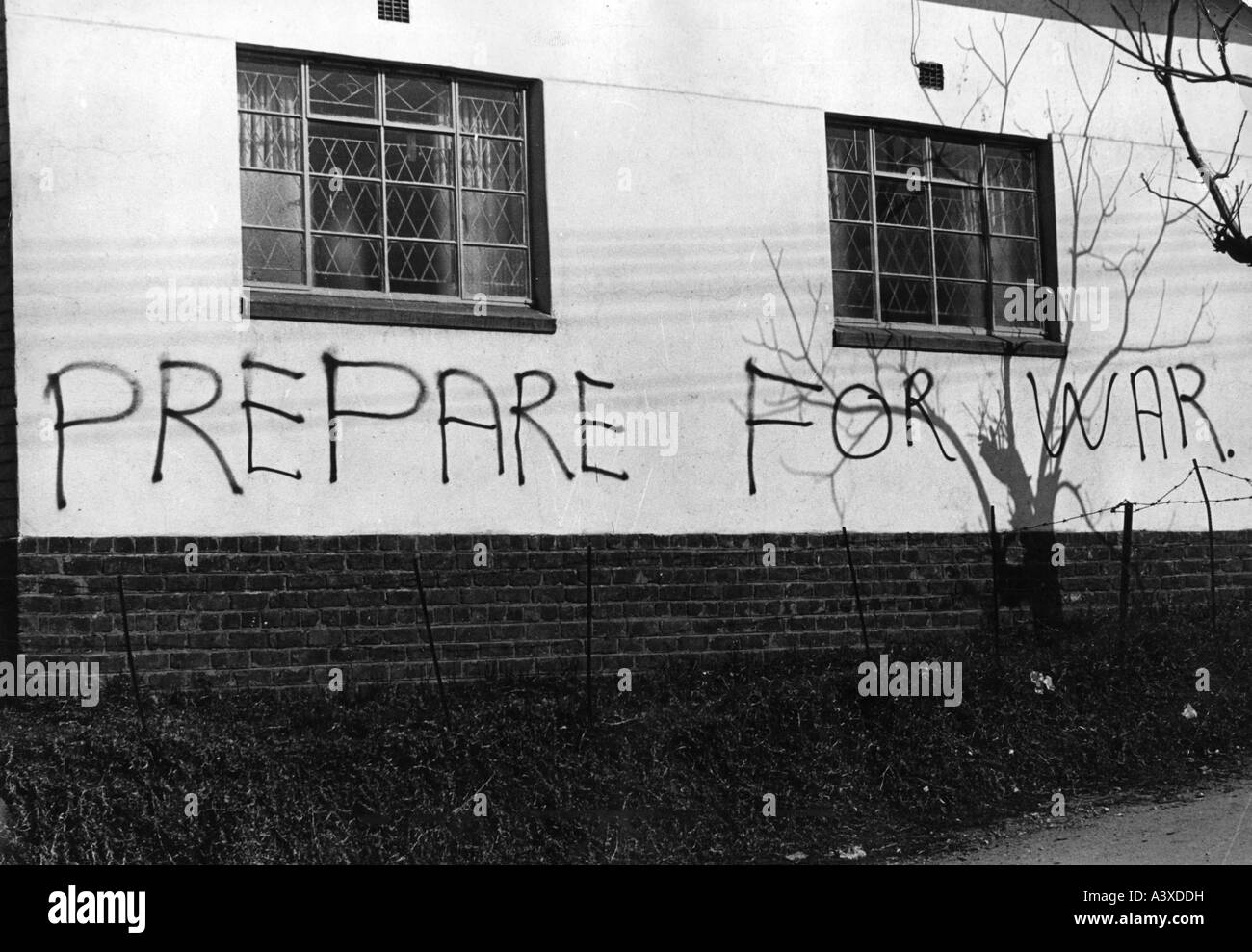 geography/travel, South Africa, politics, appeal 'Prepare for war!' on the wall of a house, Johannesburg, - Stock Image