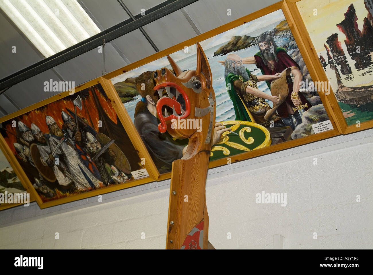 dh Up Helly Aa Galley shed LERWICK SHETLAND Prow and Up Helly A pictures viking museum longship head dragon ship - Stock Image
