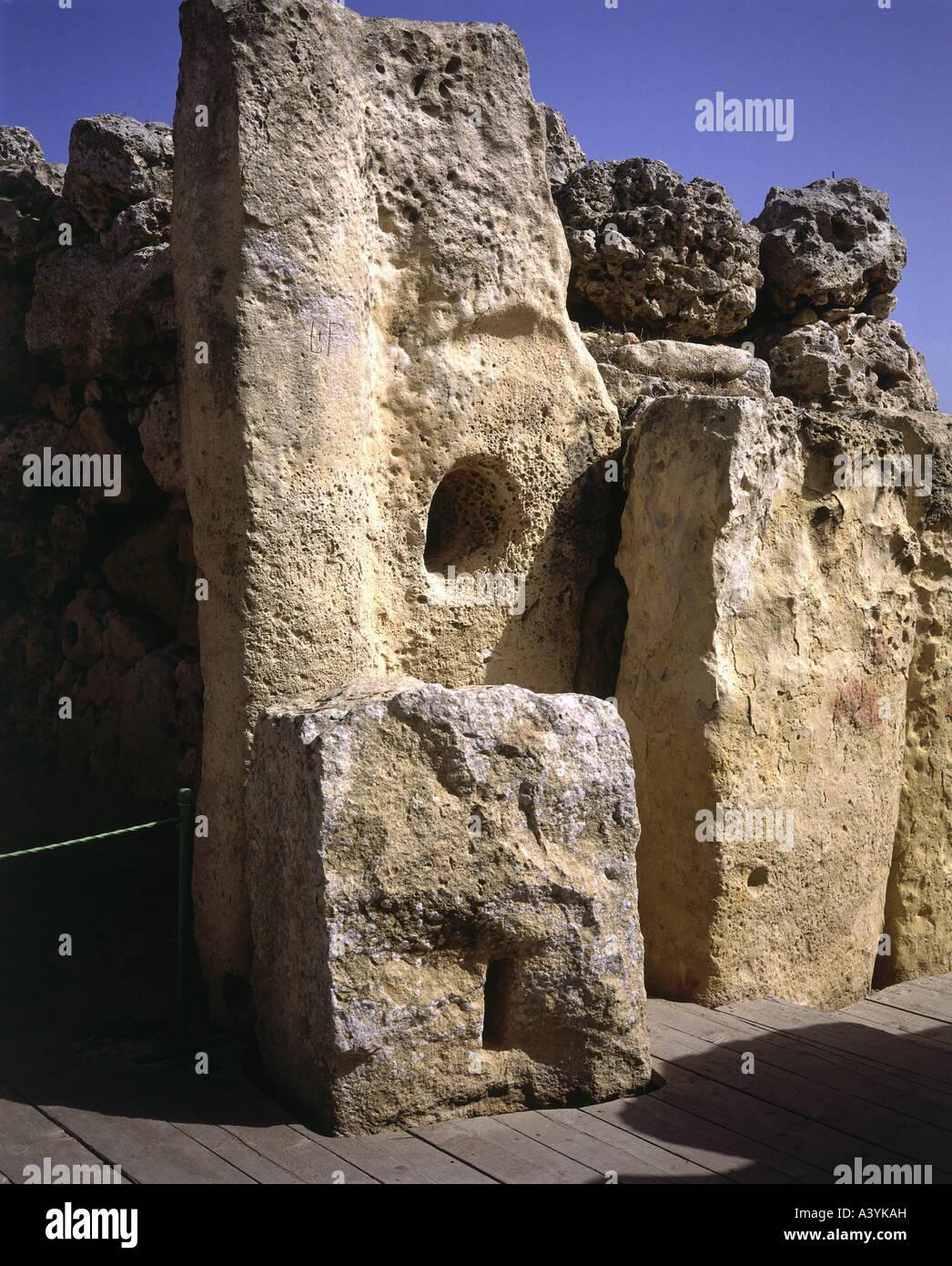 travel /geography, Malta, Gozo, buildings, Ggantija double temple, orthostat, circa 3800 - 3600 B.C., historic, Stock Photo