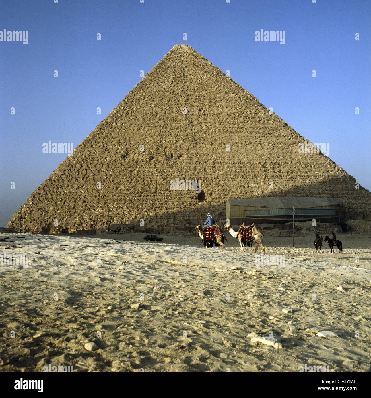 Travel Geography: From The Giza Pyramids Stock Photos & From The Giza