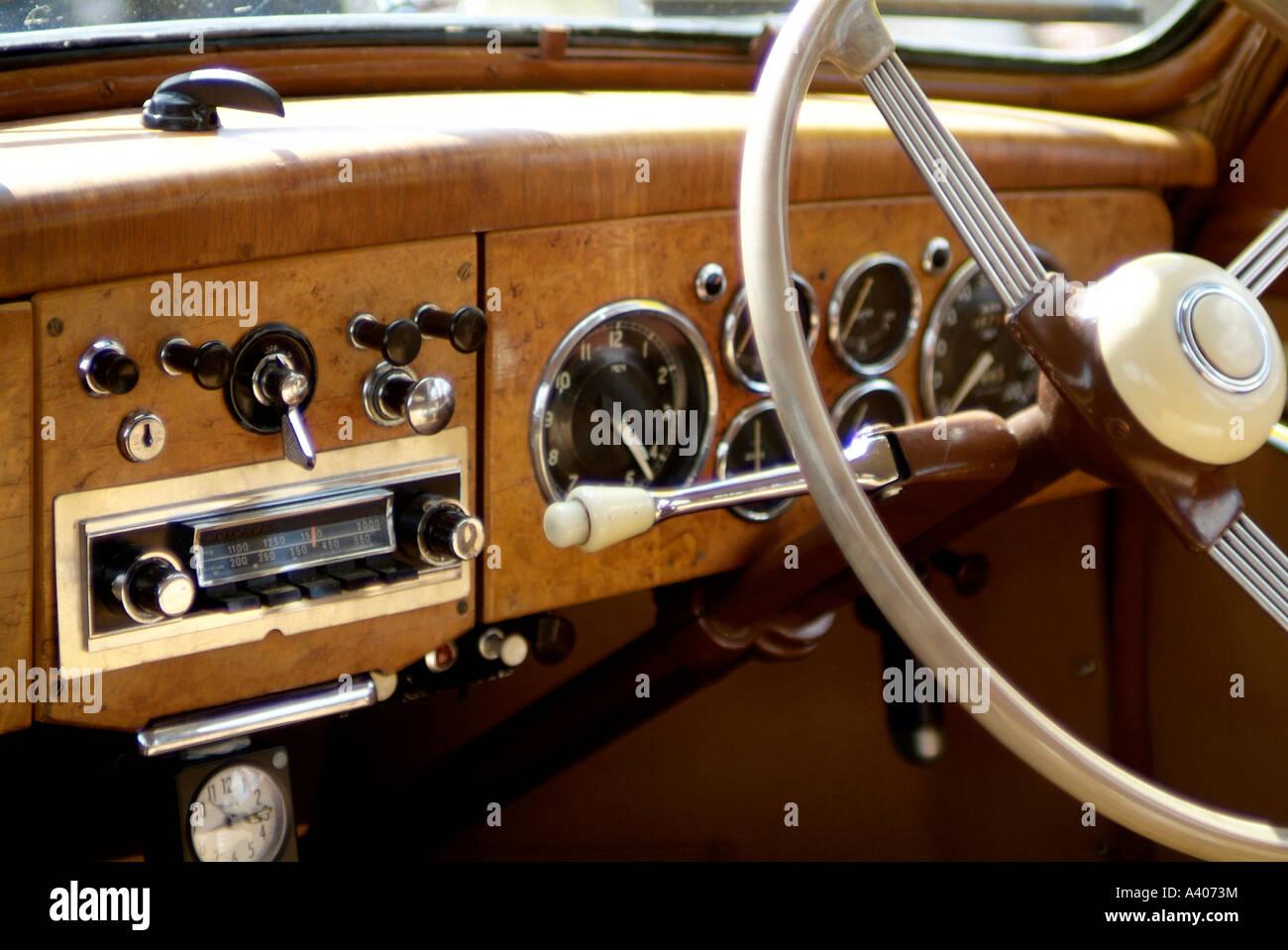 old car dashboard Stock Photo: 10890583 - Alamy