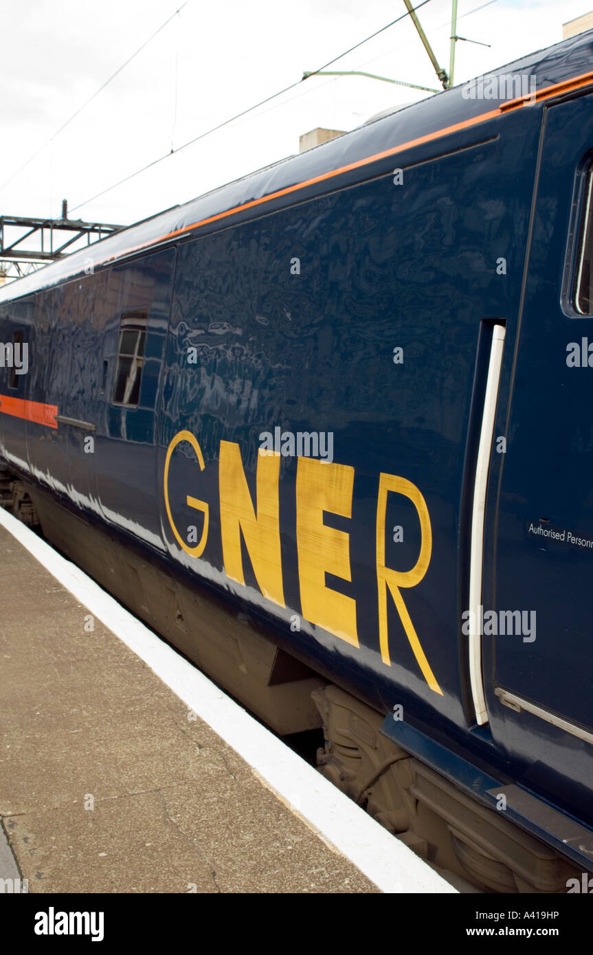 A GNER Flying Scotsman Train the R2427A Mallard at Glasgow Central Station - Stock Image