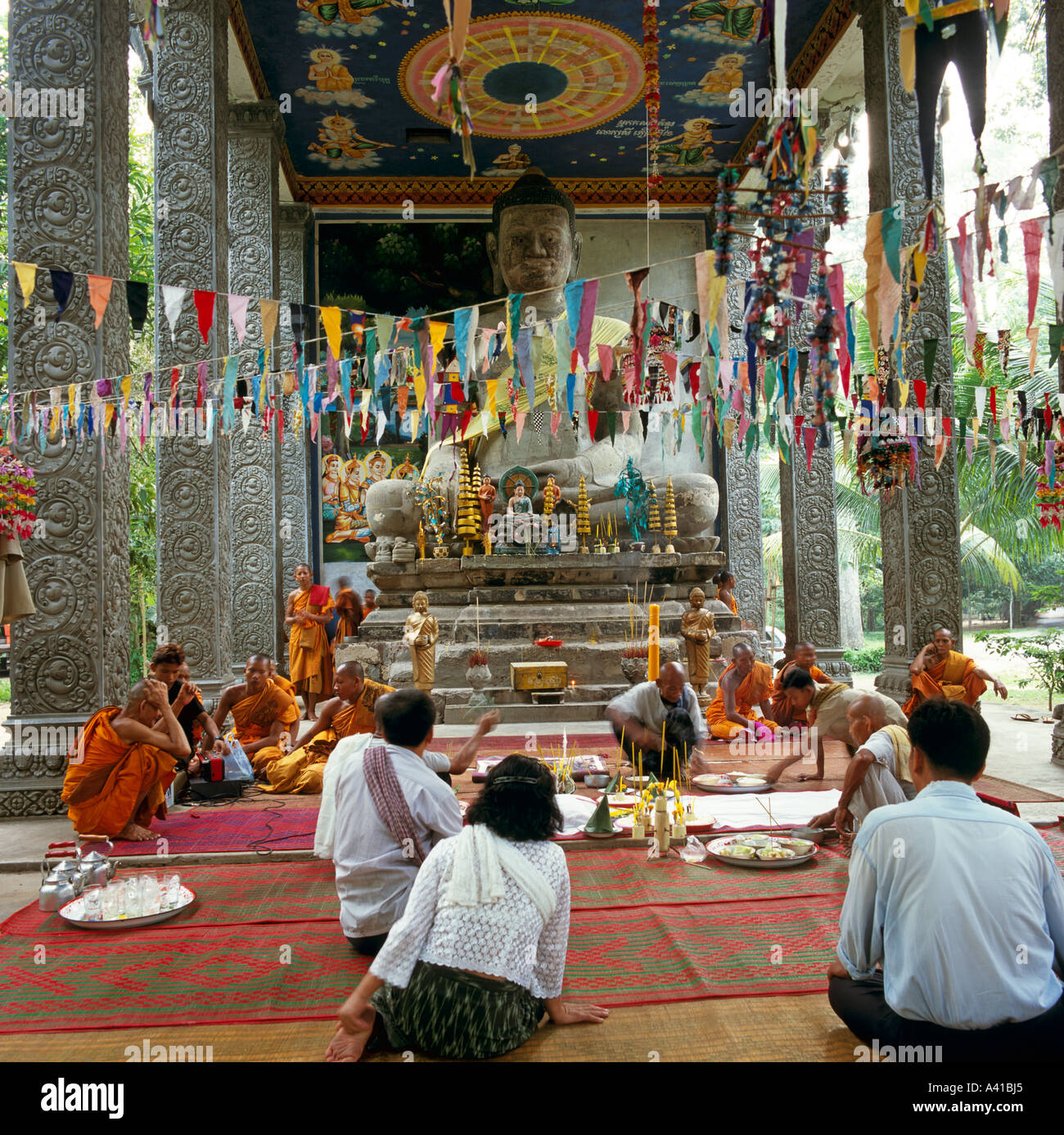 Large Buddhist Temple Next To Angkor Thom Angkor Wat Complex Cambodia South East Asia - Stock Image