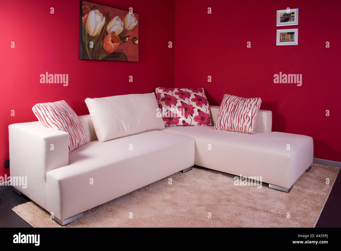 Excellent White Fabric Corner Sofa Stock Photo 10918361 Alamy Caraccident5 Cool Chair Designs And Ideas Caraccident5Info