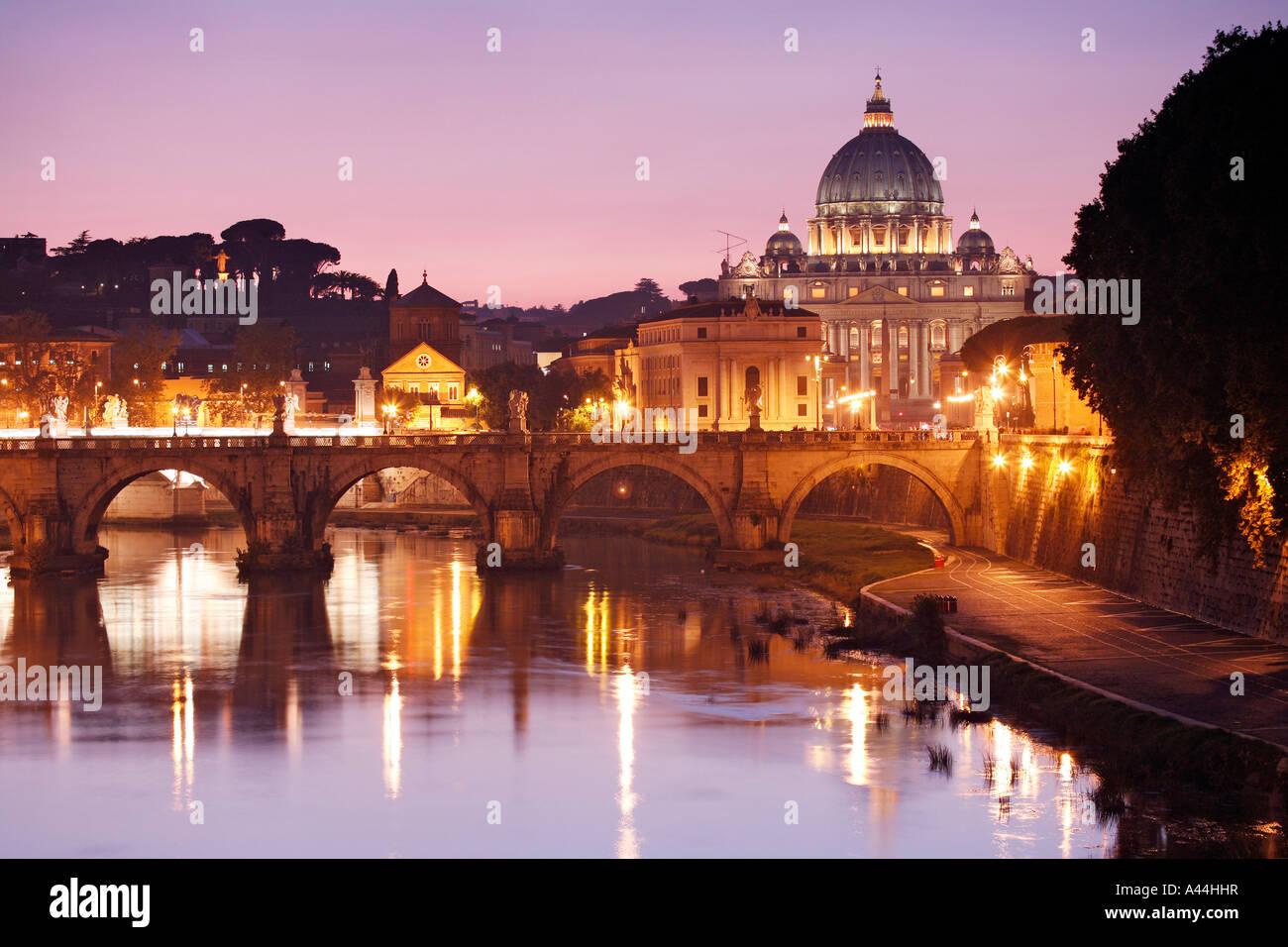 Italy, ROME ST PETERS DOME, citta del VATICANO - Stock Image