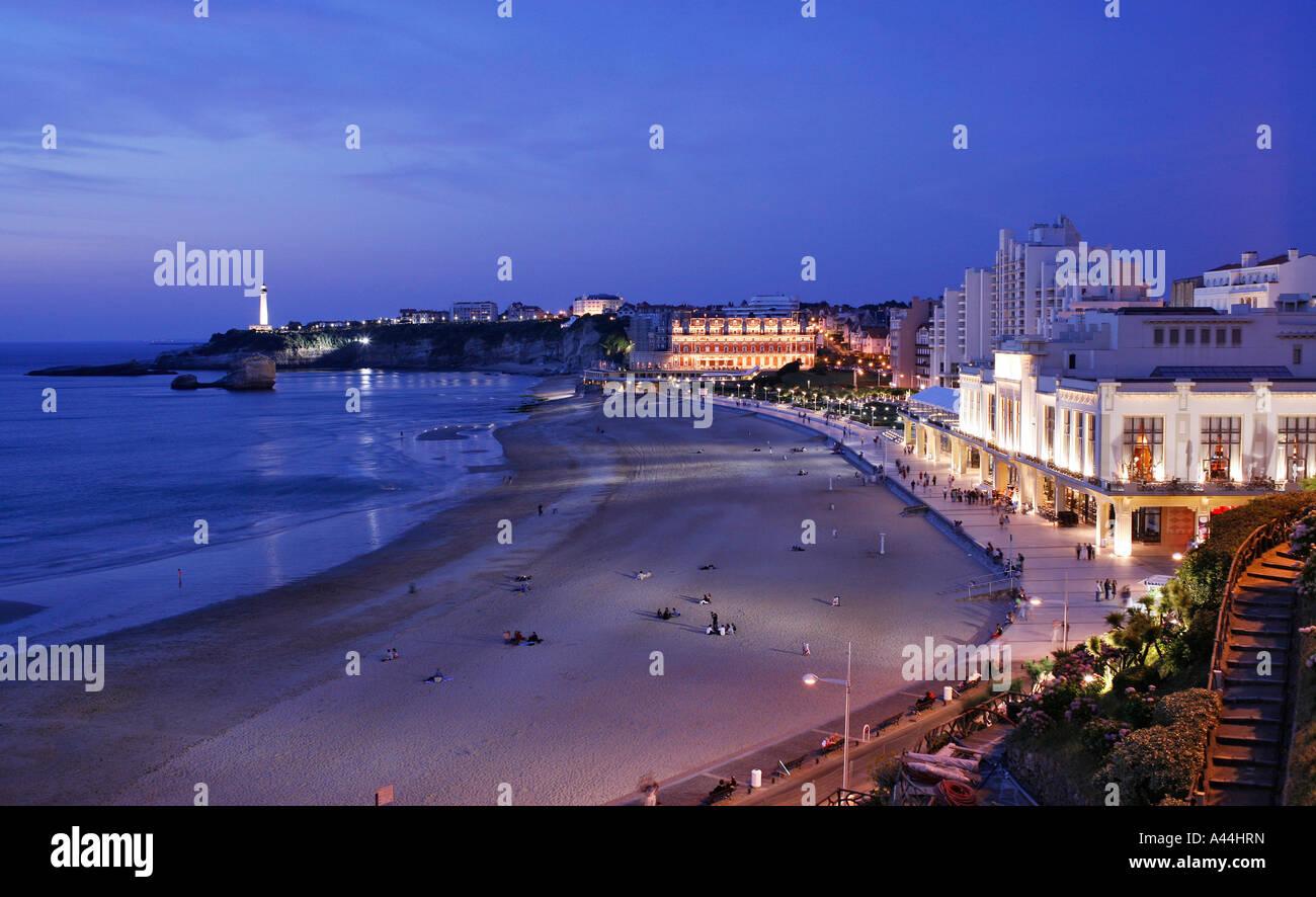 France, Atlantic coast, city of BIARRITZ, beach and promenade - Stock Image