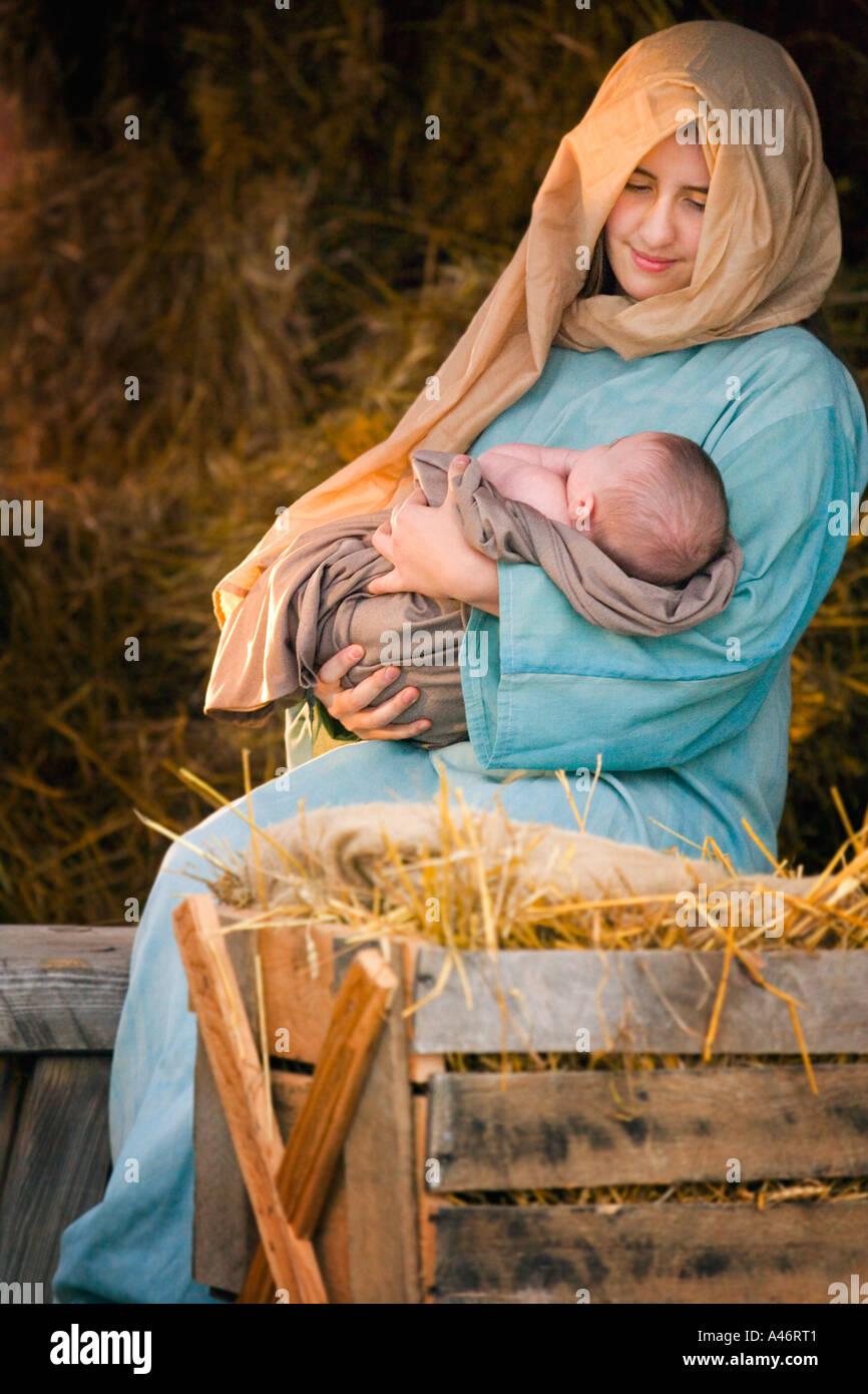 Mary holding baby Jesus Stock Photo