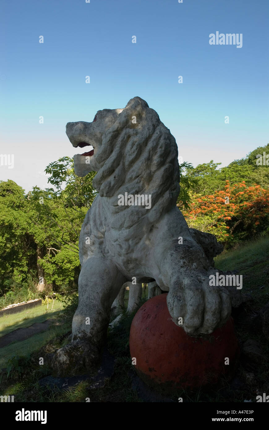 Lion Stone Statue Underexposed, Gun Hill, St George, Barbados, 8/06 - Stock Image