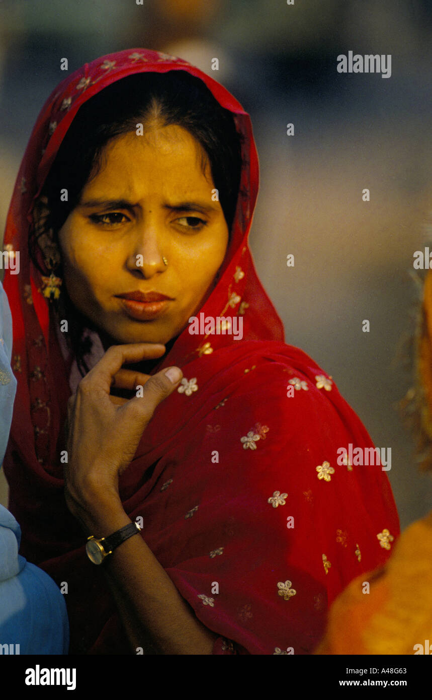 face of india low caste indian woman at a funfair in east delhi 1990 - Stock Image