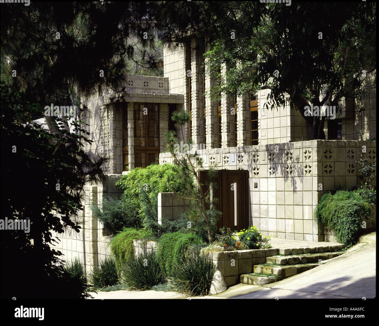 storer house los angeles california 1923 exterior architect