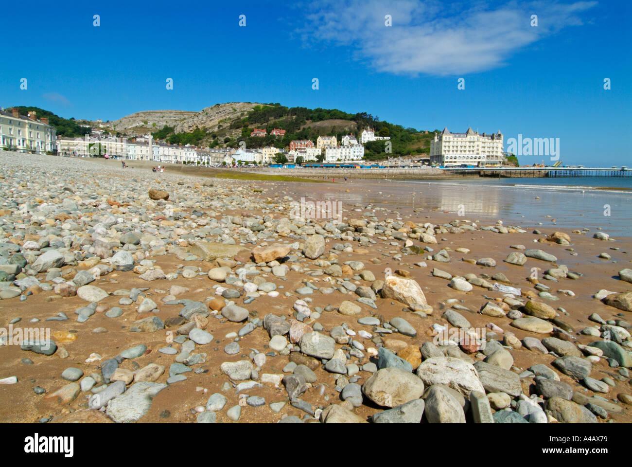 Long Beach With Pier And Grand Hotel At Llandudno Bay North Wales Uk Stock Photo Alamy