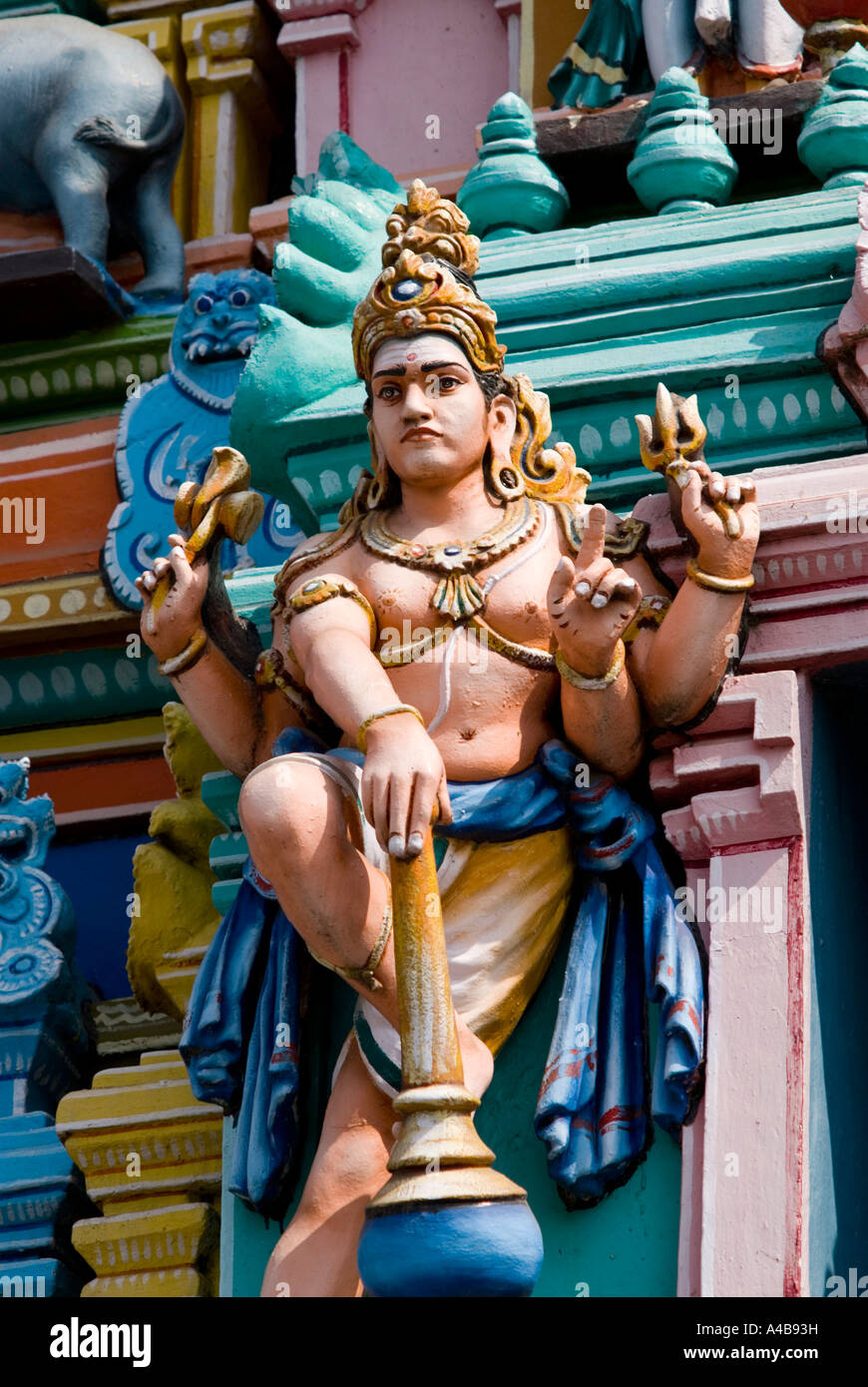 Stock image of Kapaleeswarar Temple in Chennai India with statue of Lord Shiva - Stock Image