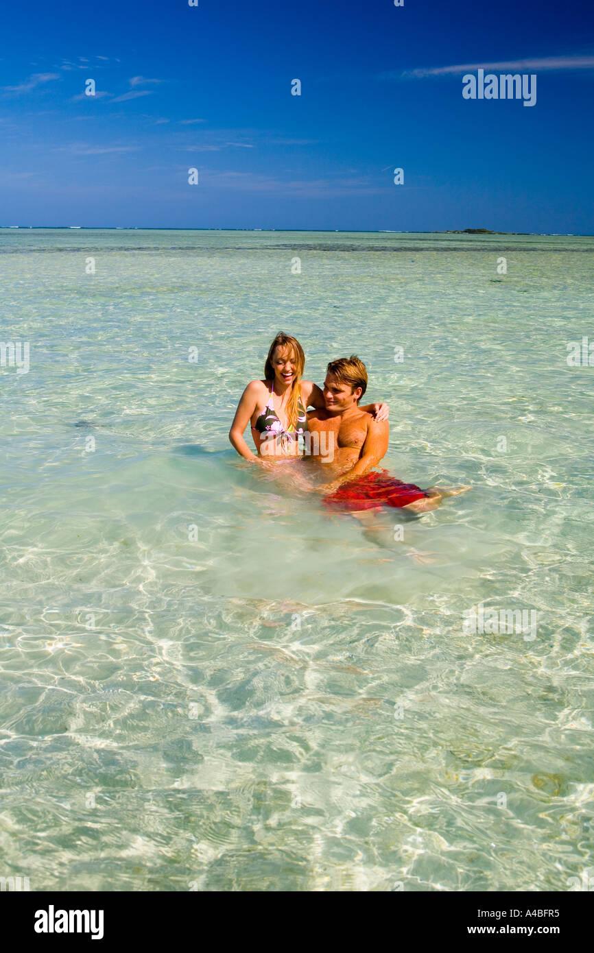 vacationers at the sanbar in kaneohe bay - Stock Image