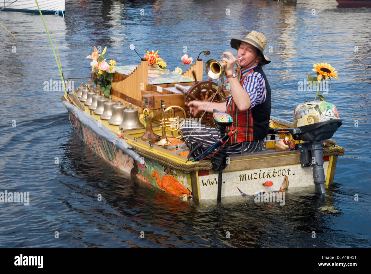 This unusual Dutch music boat Celelia serenades the craft at the Australian Wooden Boat Festival 2007 in Hobart - Stock Image