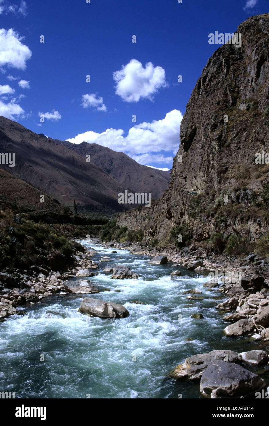 Inca Trail, Peru. View down the Lluluchayoc valley with the Lluluchapampa campsite. - Stock Image