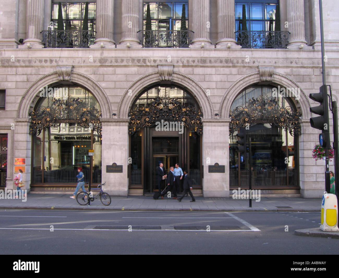 The Wolseley restaurant Picadilly London UK - Stock Image