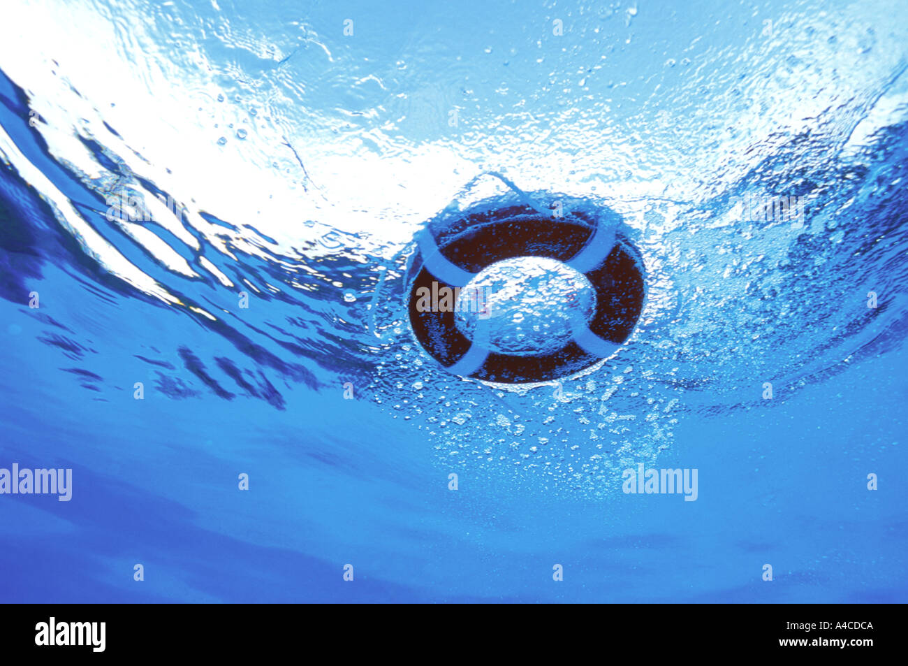 Life saving ring seen from underwater - Stock Image