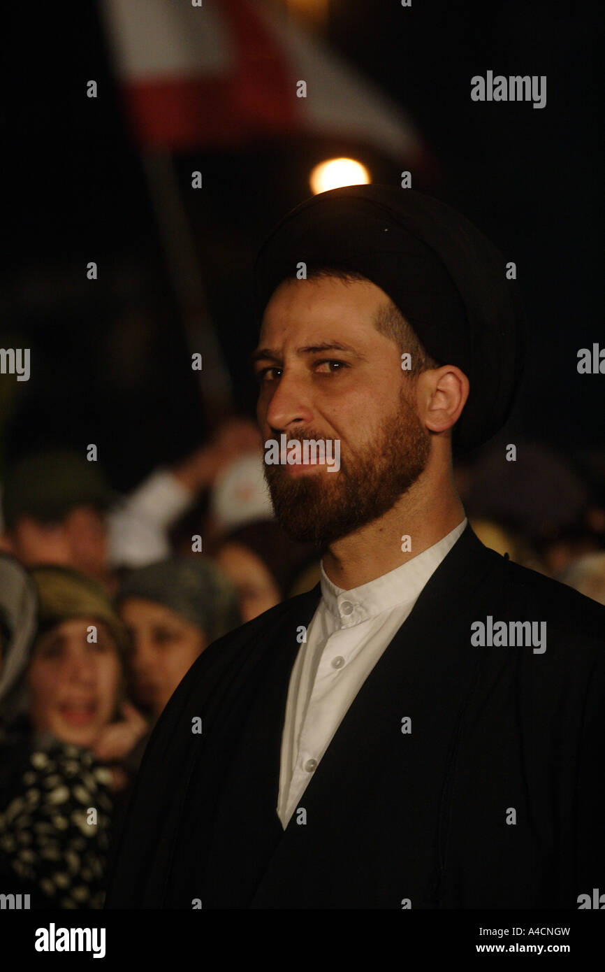 Shiite clergyman in rally against Siniora government Lebanon Beirut - Stock Image