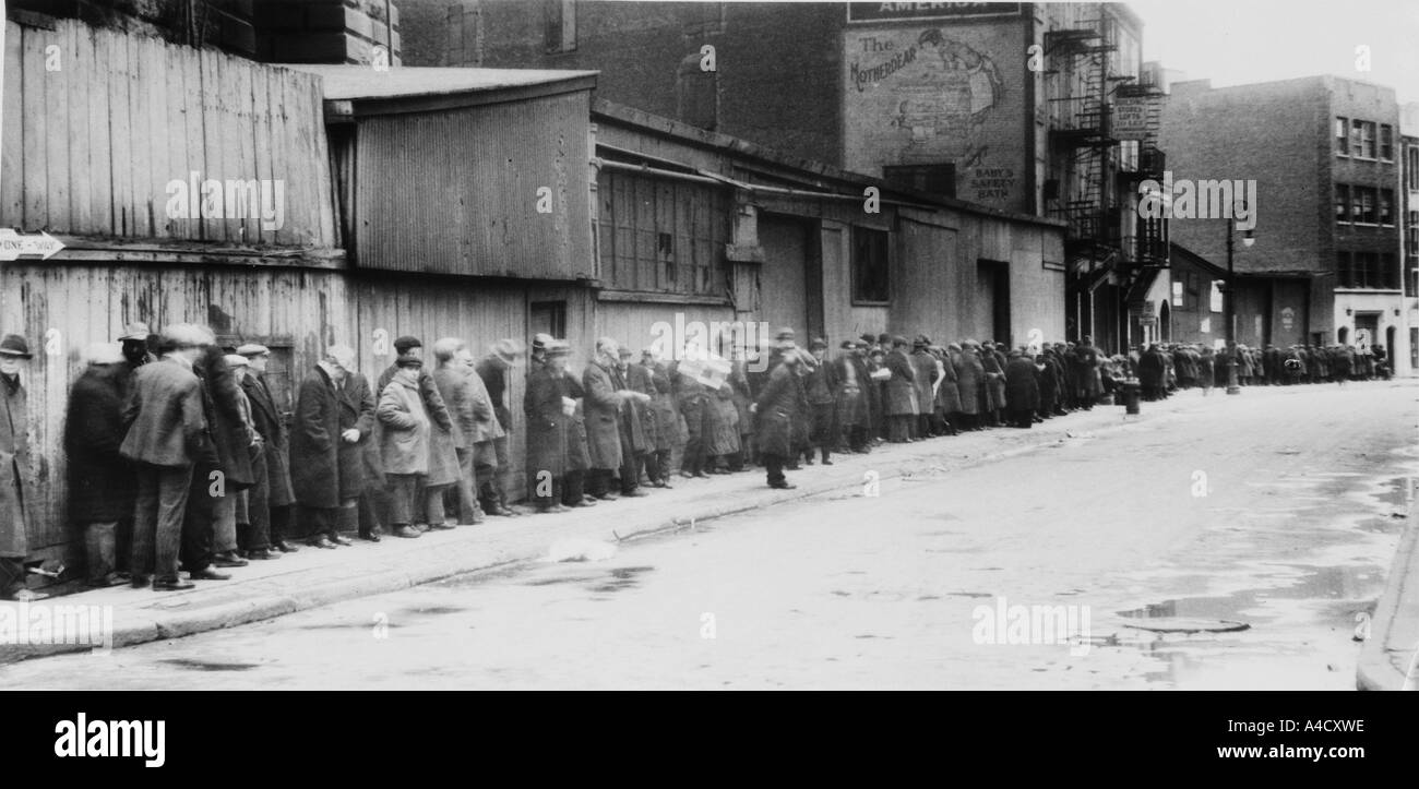 Breadline at McCauley Water Street Mission under Brooklyn Bridge Herbert Hoover - Stock Image