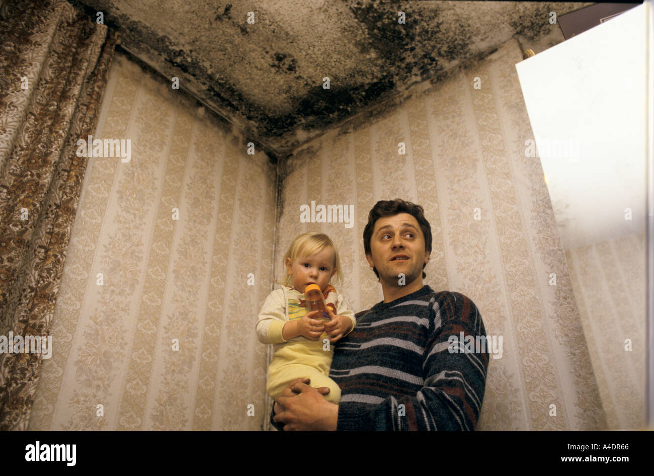 Poor housing conditions, Tower Hamlets, London  1999 - Stock Image