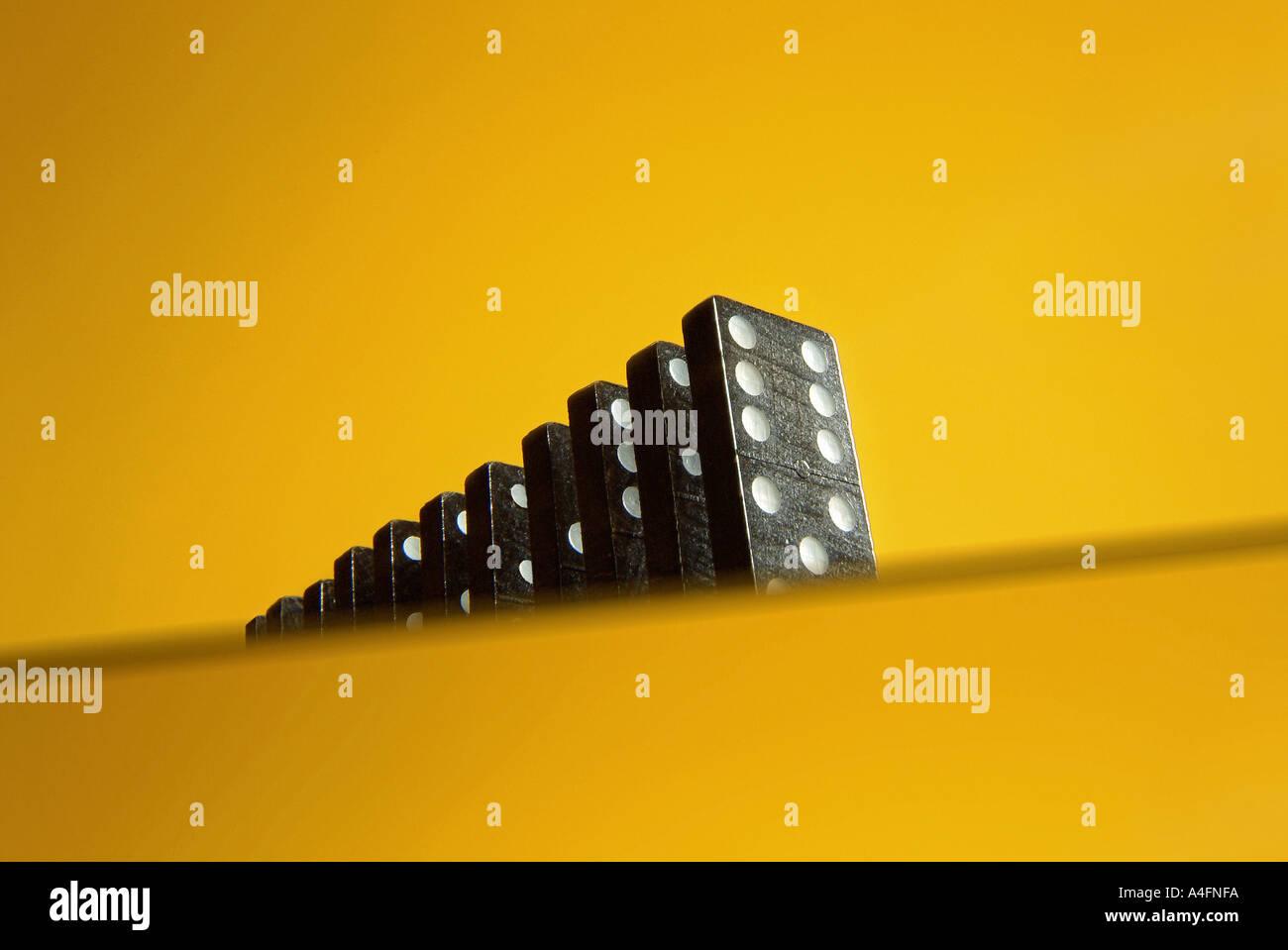 100 Dominosteine gelb