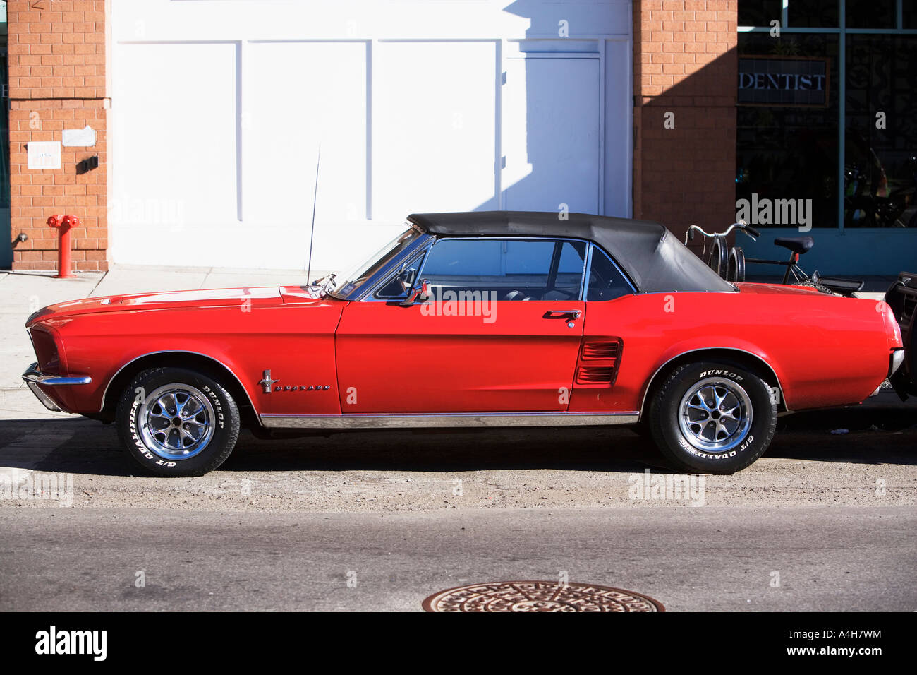 ford mustang 1960s stock photos ford mustang 1960s stock images alamy. Black Bedroom Furniture Sets. Home Design Ideas