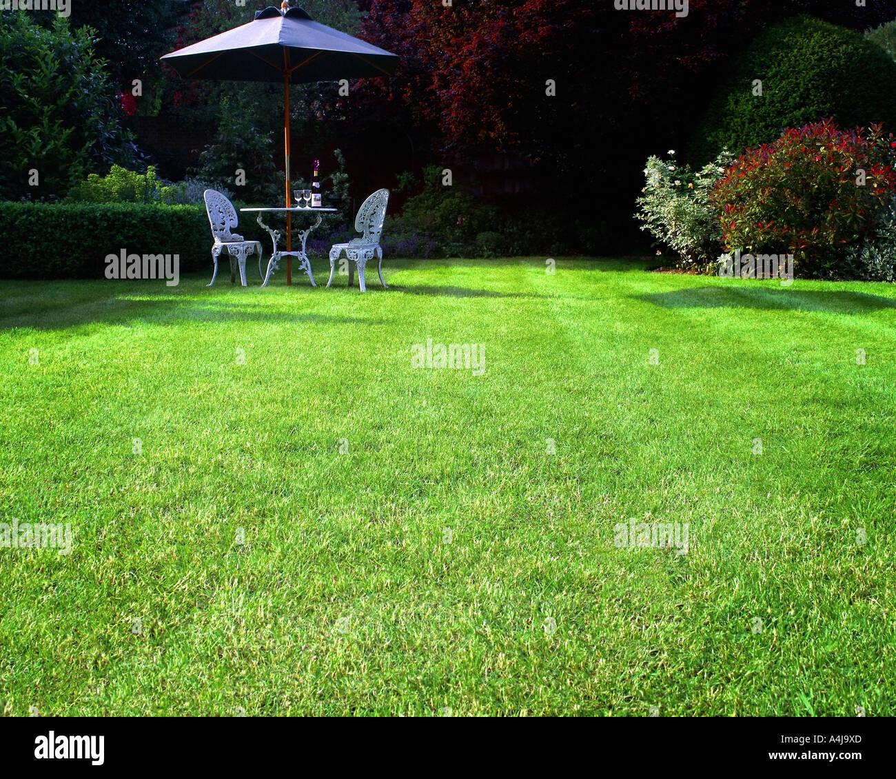 GB - GLOUCESTERSHIRE:  Garden Scene at Parkgate in Cheltenham Stock Photo
