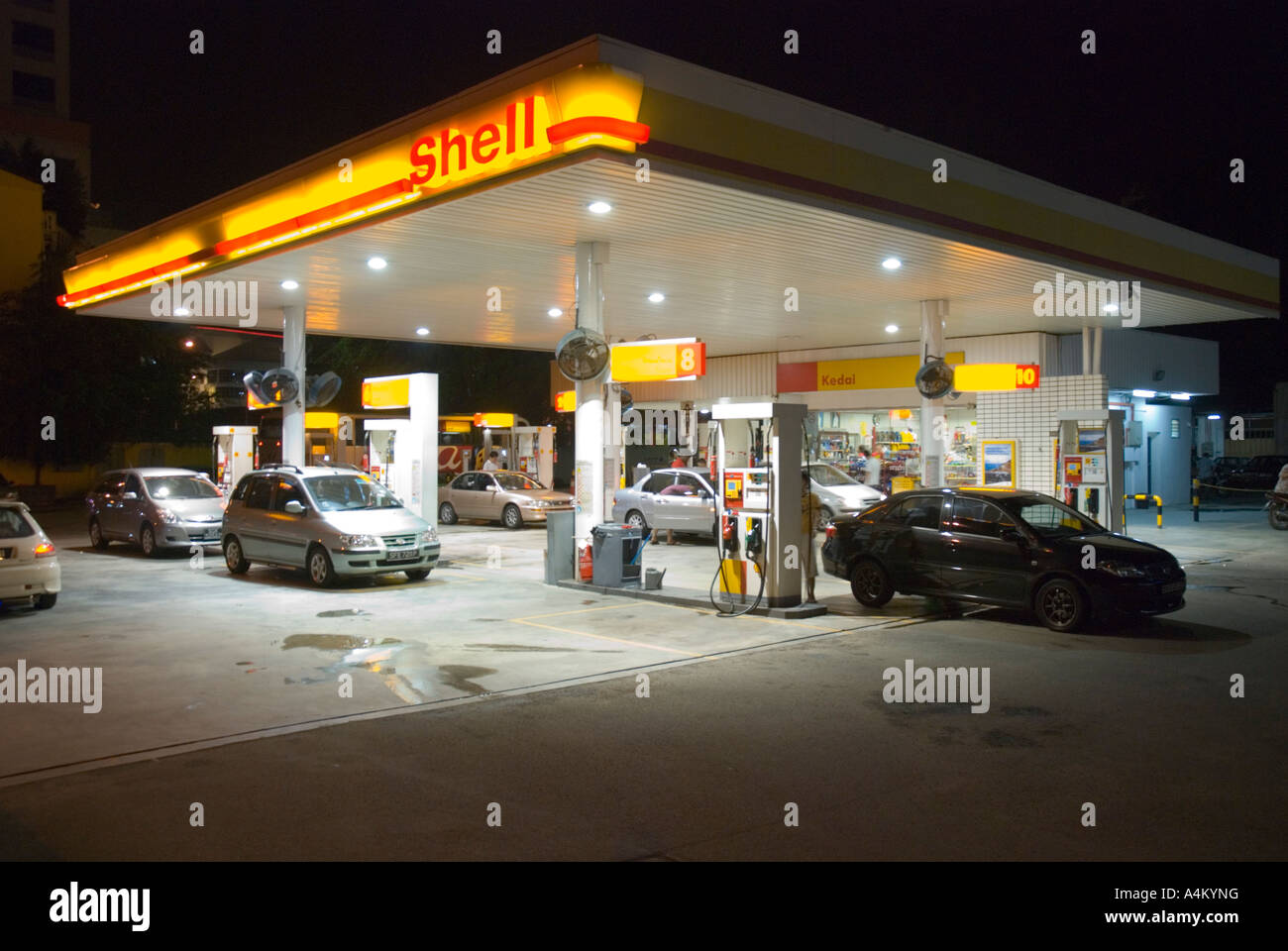 a shell service station at night in johor bahru stock photo 11076267 alamy. Black Bedroom Furniture Sets. Home Design Ideas