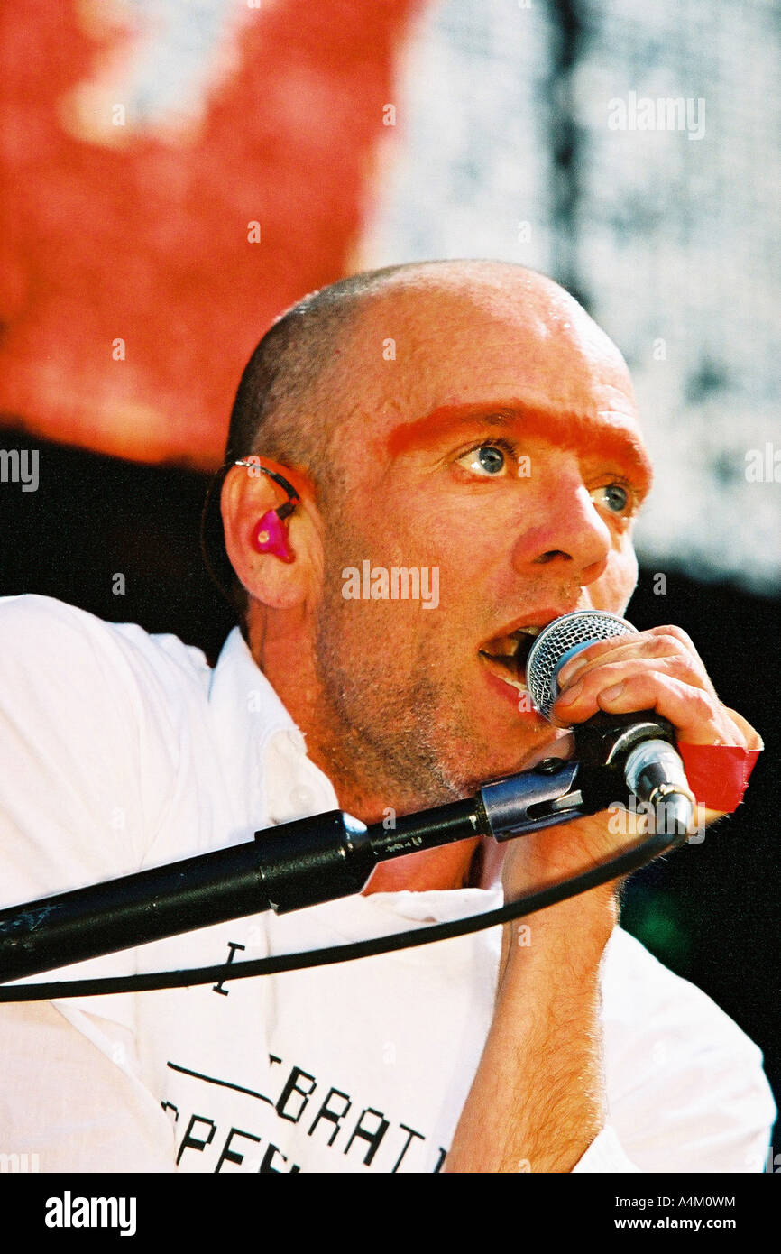 Michael Stipe REM play Manchester Move Festival 2004 - Stock Image