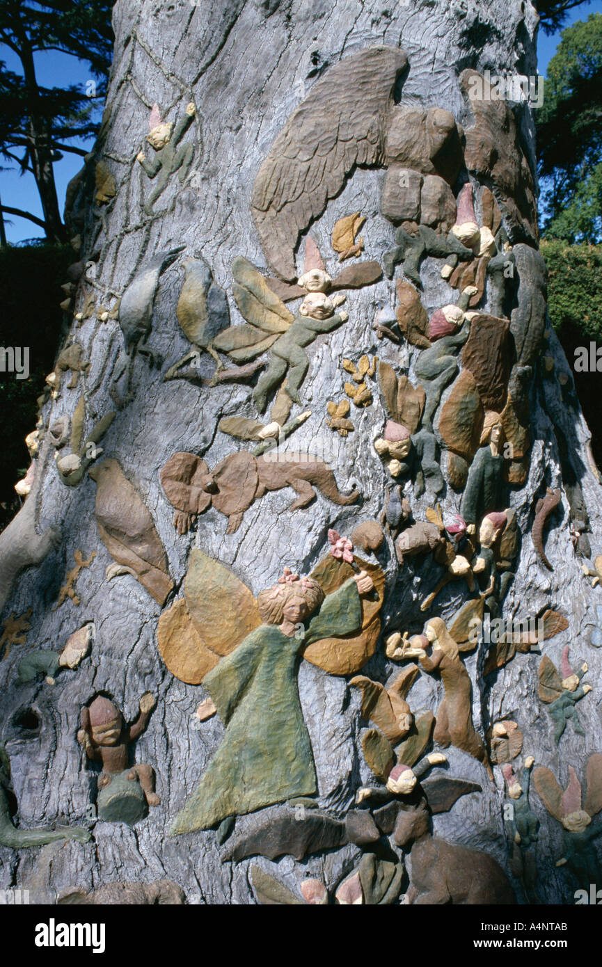 Fairies Tree carving by Ola Cohn 1931 4 Fitzroy Garden Melbourne Victoria Australia Pacific - Stock Image