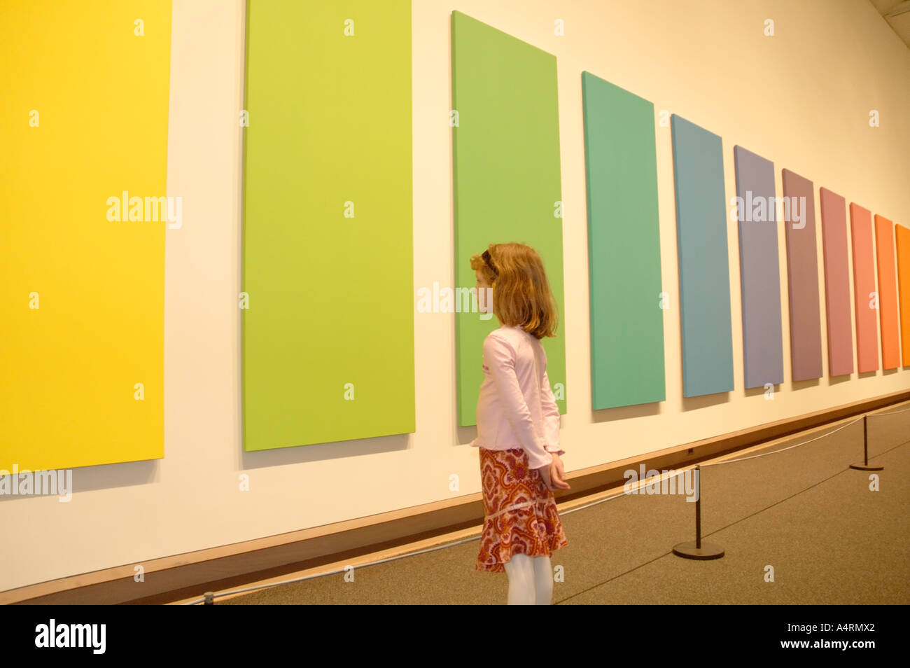 Young girl looking at art piece by Ellsworth Kelly, Metropolitan ...