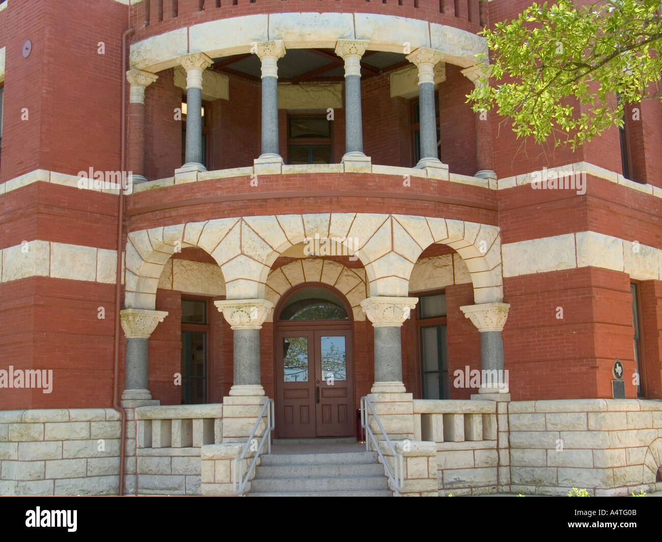 Lee County Courthouse Entrance Giddings Texas Detail view of Romanesque octagonal structure built in 1899 - Stock Image