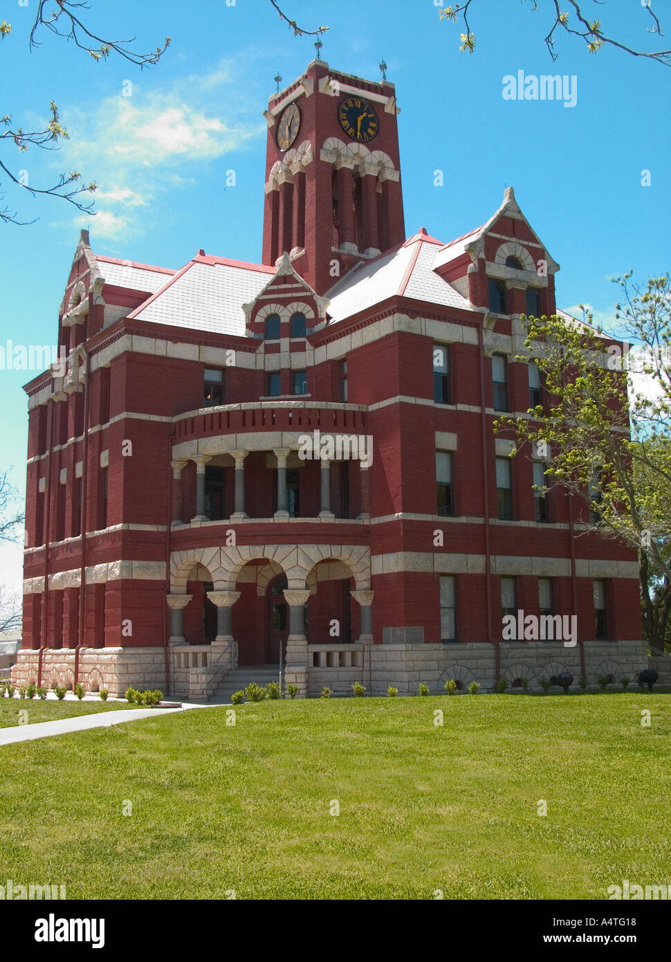 Romanesque Octagonal Lee County Courthouse Giddings Texas - Stock Image