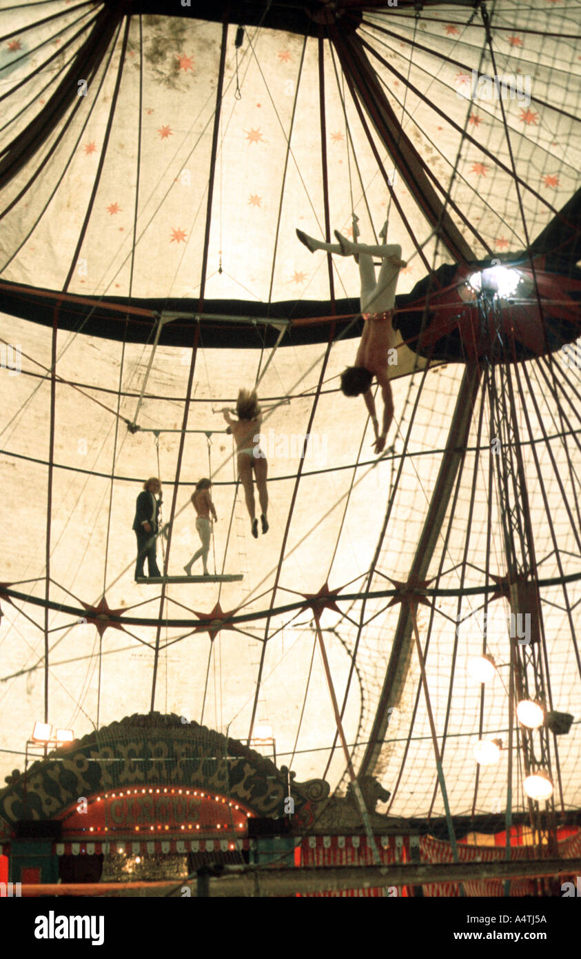 Trapeze artists in the circus - Stock Image